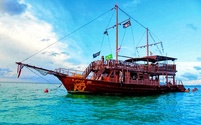 Pirate Cruise Phi Phi