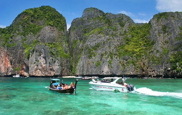 Private Boat Trip by Longtail Boat or Speedboat
